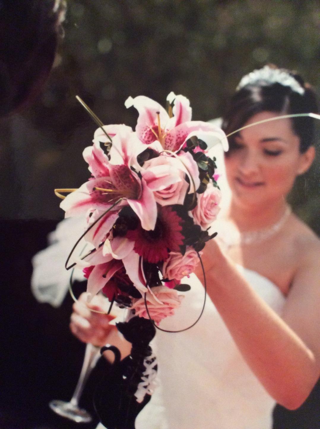 lily-wedding-flowers-bride-bouquet-pink-fleet-hampshire